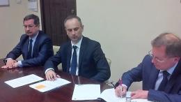 Podpisanie umowy na dostawę pięciu SCANII